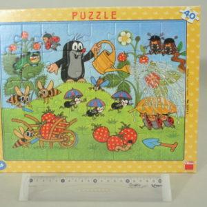 Puzzle 40 desk. Krtek v jahodách