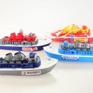 Plastová loď záchranáři