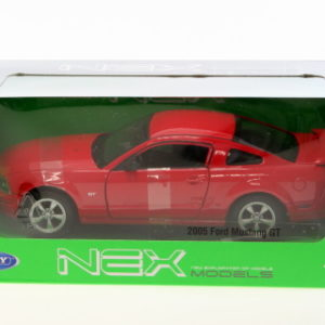 2005 Ford Mustang GT 1:24